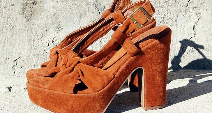 Ett par skor från Primark.