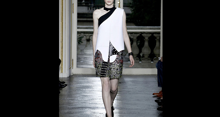 Balenciaga S/S 2011.