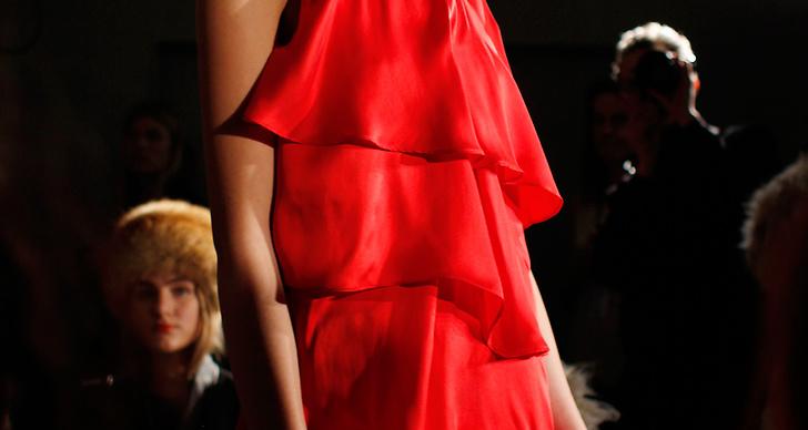 Rött och fina linjer hos Stylein AW14.