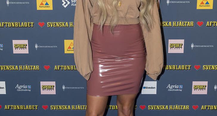 Annica Englund på röda mattan på Svenska Hjältar 2018.