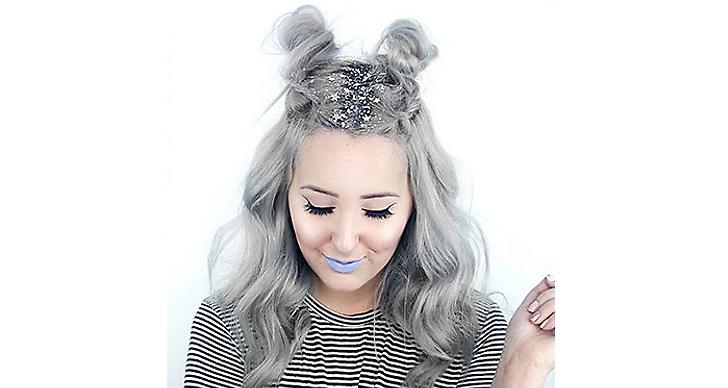 Tasha Leelyn använder sig av stjärnglitter för att dölja utväxten. Tillsammans med hennes silvriga hår blir det perfektion! Är det här en trend som du kommer satsa på?