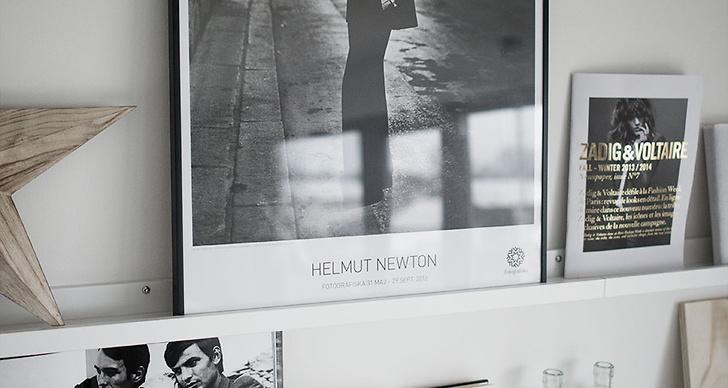 Affisch från Fotografiska med foto av Helmut Newton, 120kr fotografiska.eu/webshop.