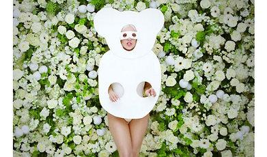 Bea Szenfeld, Kollektion, Lady Gaga, Designer