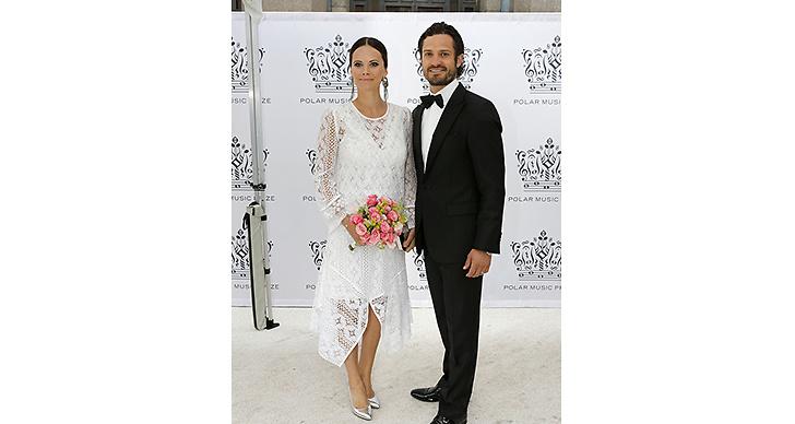Prins Carl Philip tillsammans med Sofia. Så söta!