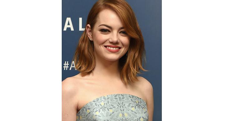 Runt: Satsa på frisyrer som förlänger ditt ansikte – till exempel frisyrer som har volym högst upp på huvudet men inte på sidorna. Snedbena och korta frisyrer är passar också perfekt!