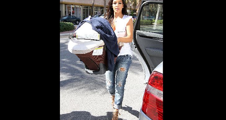 Kim Kardashian tvättar.