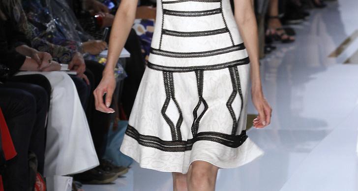Mycket mönstrade klänningar