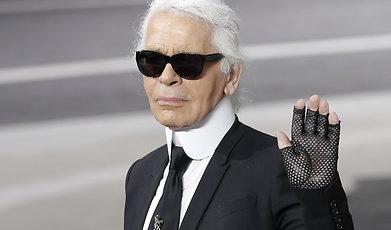 Chanel, Nittiotalet, Anna Wintour, Catwalk, Claudia Schiffer, Karl Lagerfeld