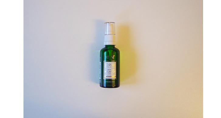 """Keune Paris, 229 kr. """"Är en olja som ger en naturlig balans till håret. Vi rekommendera den vid torrt och skadat hår. Oljan luktar även väldigt gott""""."""