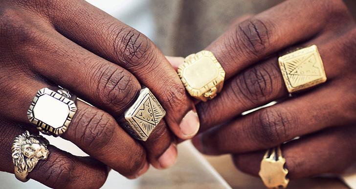 Spana in smyckeskollektionen som vill förmedla fred.