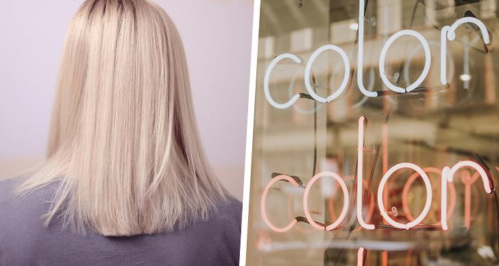 Till vänster en tjej med blont hår, till höger en skylt som det står color på.