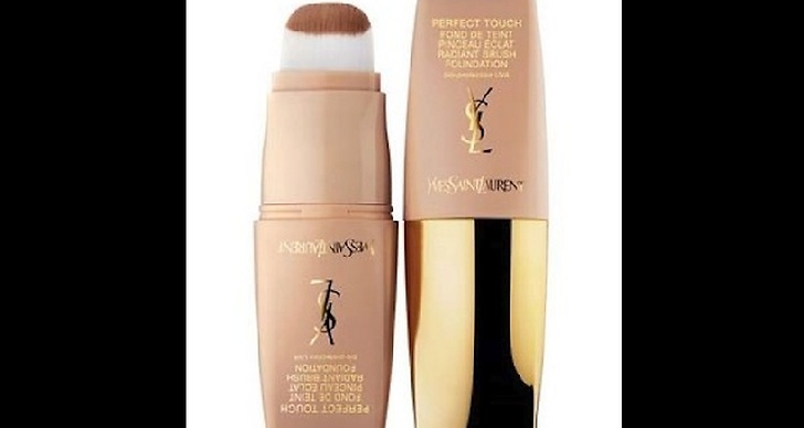 YSL Perfect Touch Foundation, 380 kronor.